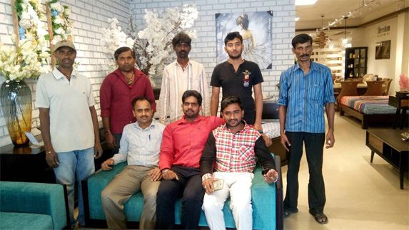 Basveshwarnagar showroom team